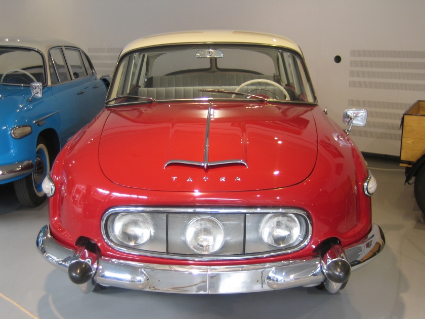 Tatra 603 b