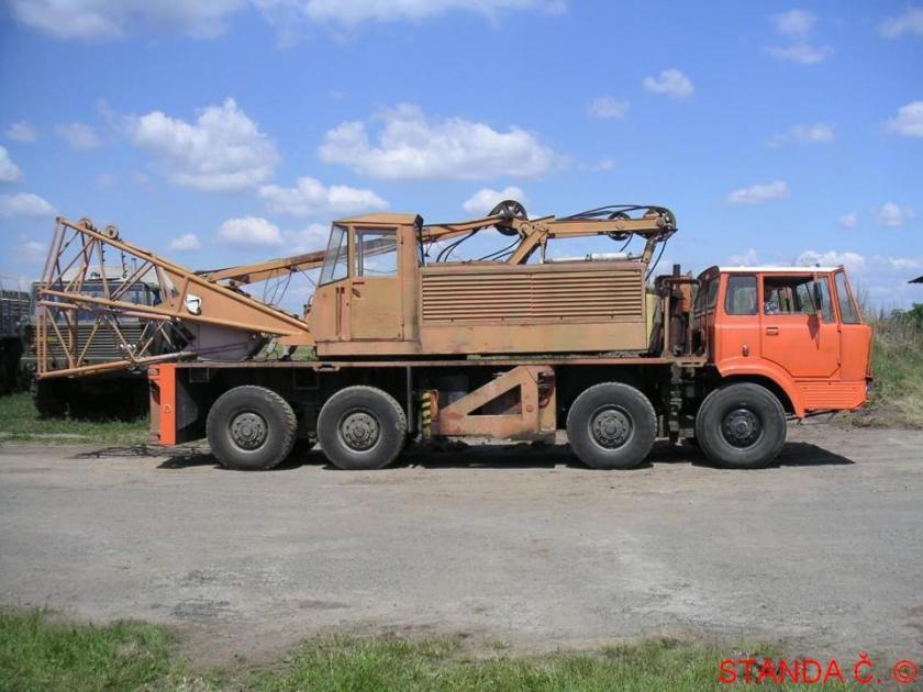Tatra 813-815 R