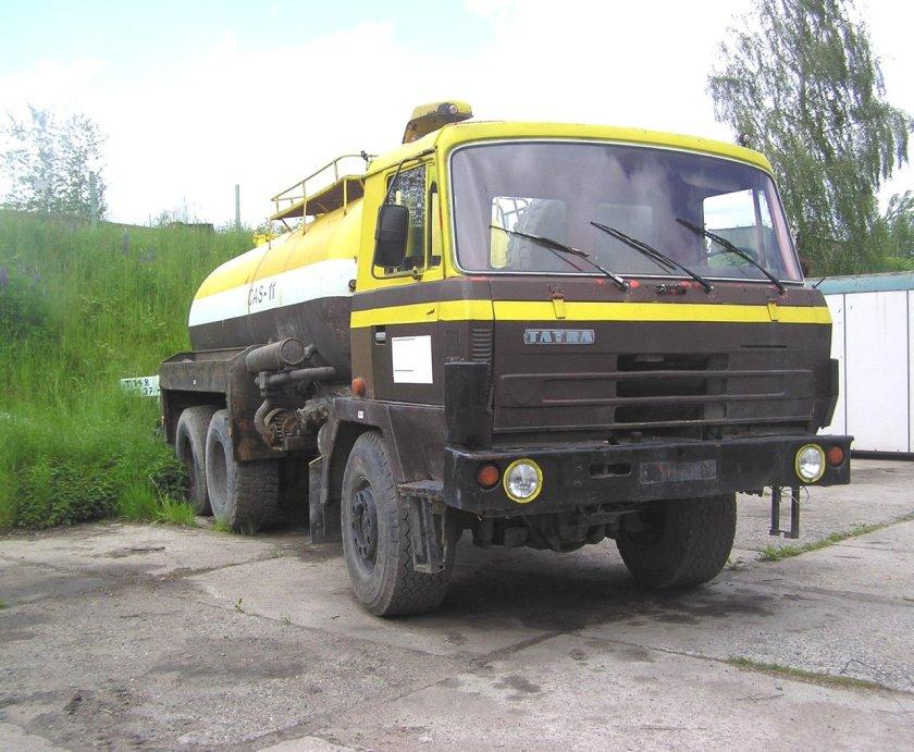 TATRA 815 Tankauto