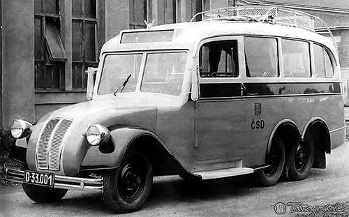 Tatra T72 bus