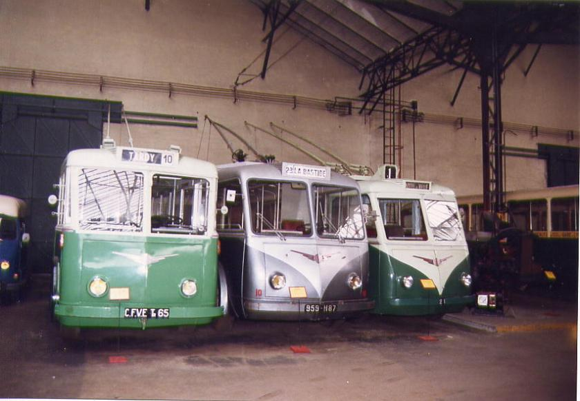 Trolleybus Vetra-2