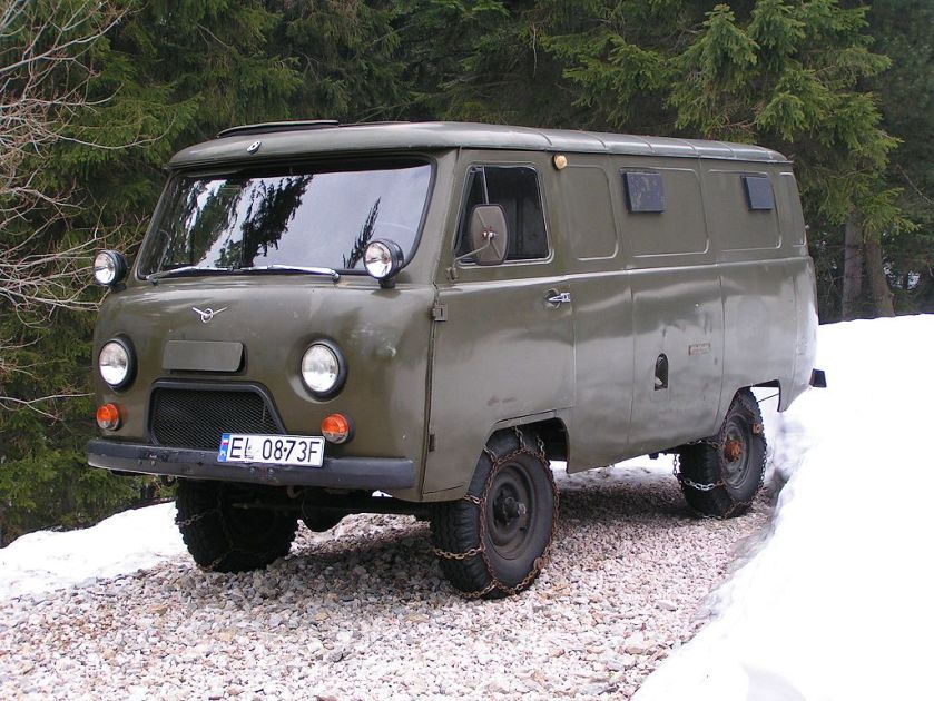 UAZ-Bus Buchanka