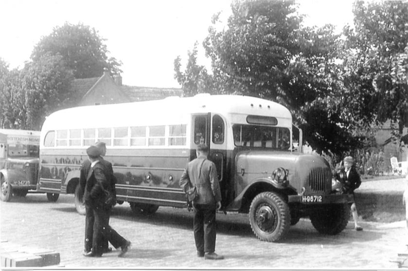 Van Gog 08 White+ 04 Austin Bellewagen 1947