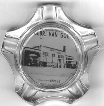 Van Gog 48 links op foto in Asbak 1957