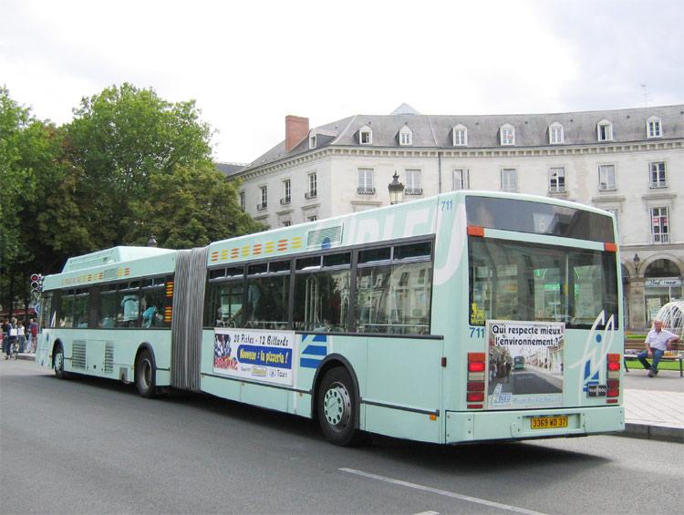 Van Hool AG 300 GPL - FilBleu - Tours