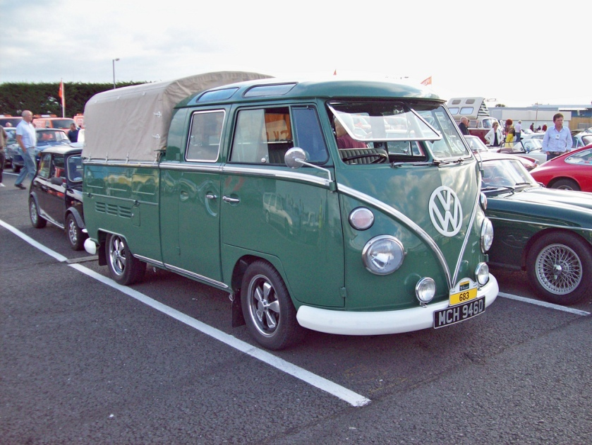 Volkswagen T1 type2 Crew Cabin (1950-67 Europe 1950-75 Brazil) Engines 1193 cc, 1200 cc and 1493 cc.