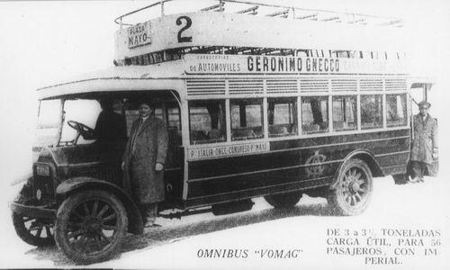 Vomag alemán con imperial para 56 pasajeros