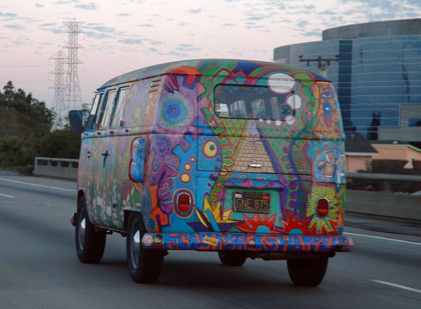 VW Bus_T1_in_Hippie_Colors