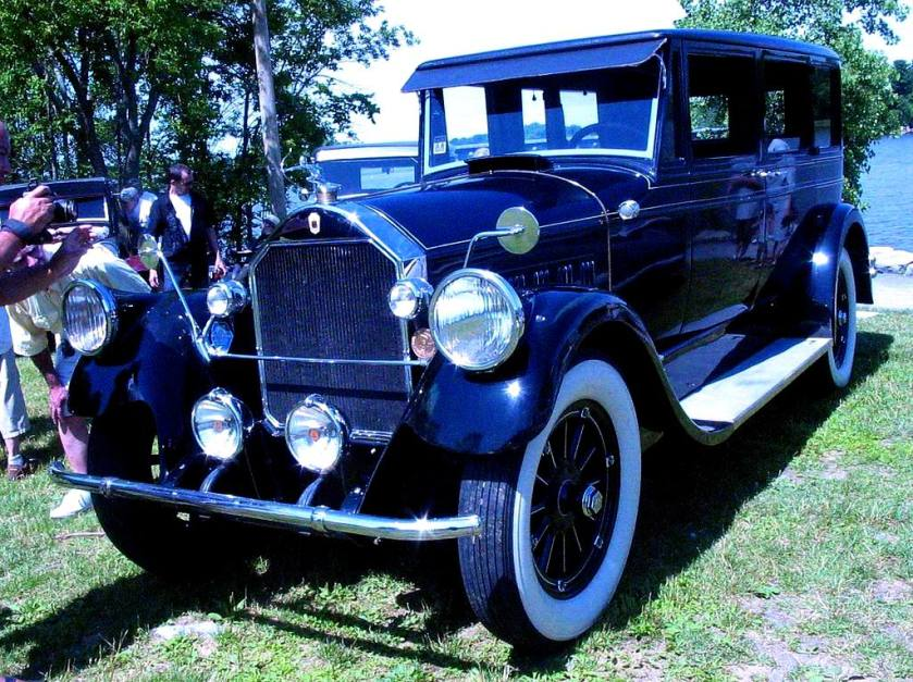 1911 Pierce-Arrow (Auto classique Laval)