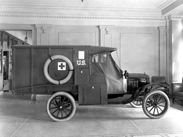 1917 Ford Model T Army ambulance