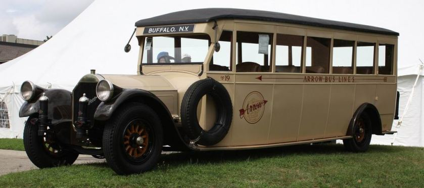 1919 Pierce-Arrow 48 Bus