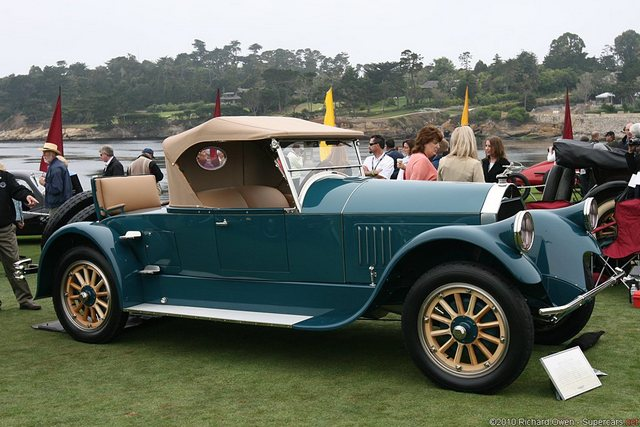 1926 Pierce Arrow 33 Runabout