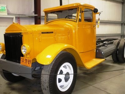 1932 Pierce Arrow Truck