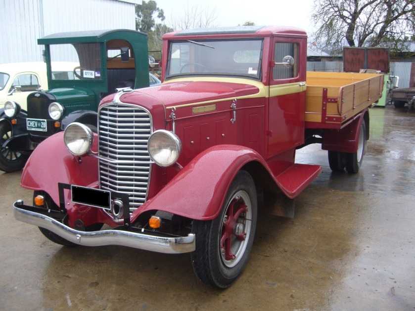 1934 Diamond-T Truck