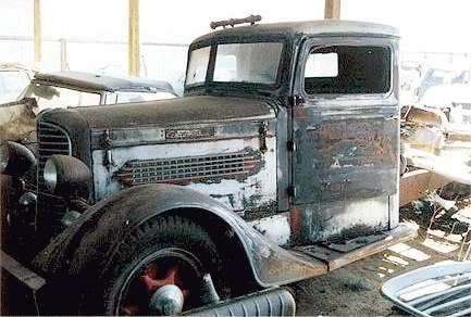 1935 diamond T 220 deluxe cab