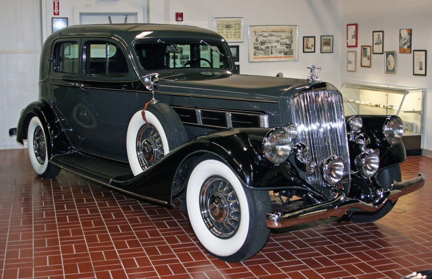 1935 Pierce-Arrow Coupe-1
