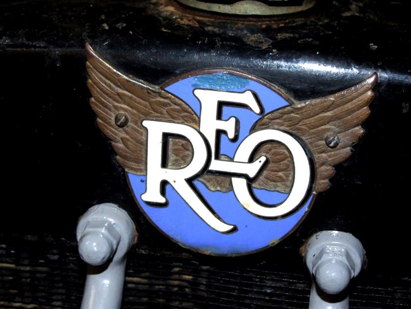 1935 REO log