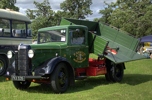 1936-40 Bedford W SERIES Trader service