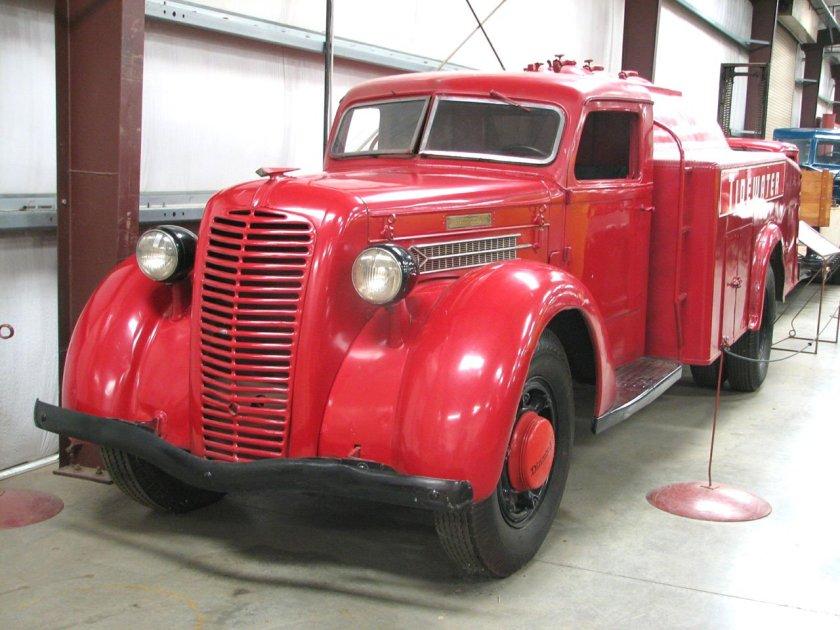 1937 DIAMOND T 212 B