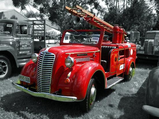 1937 Diamond T 80