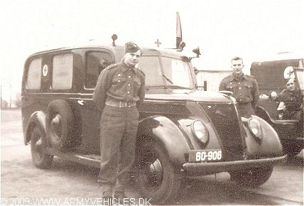 1937 Ford V8 Ambulance DK