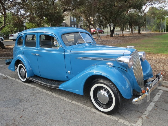 1937 Vauxhall 25 a