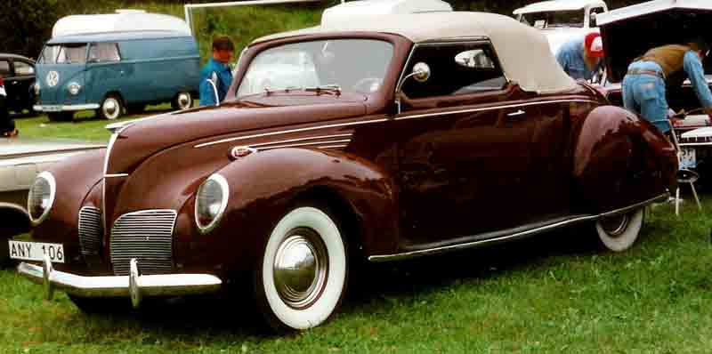 1938 Lincoln-Zephyr V-12 Convertible Coupé