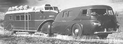 1938 REO with 1938 Curtiss Aerocar trailer e