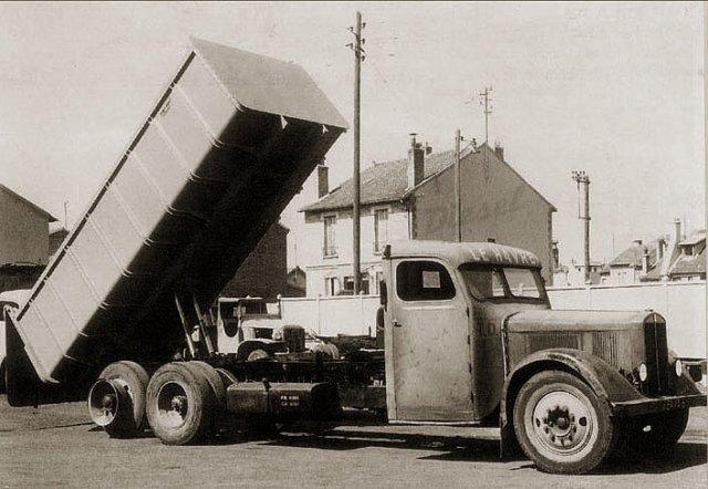 1939 ROCHET SCHNEIDER, tous les six roues (6x2)se nommaient CENTAURE