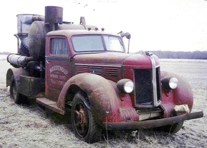 1940 Diamond t 34 ton farm truck