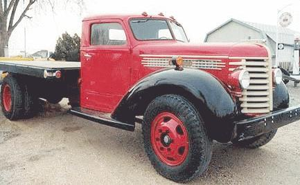 1941 Diamond T 15 tonflatbed 6cyl Hercules 4spdrear wheeldrive