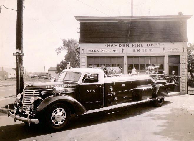 1941 Diamond-T ladder truck from New Milford
