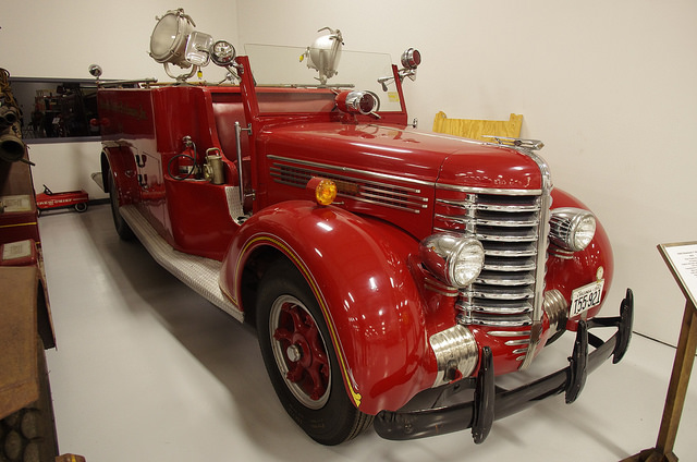 1942 Diamond T 404 HH Firetruck pumper