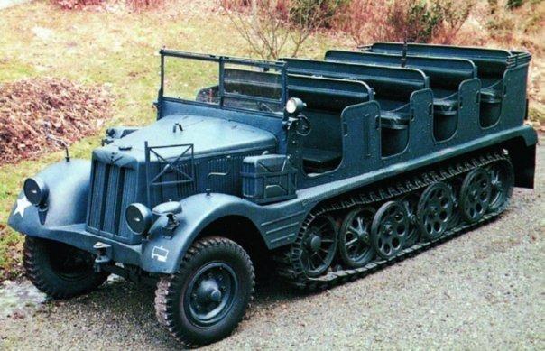1942 Hanomag Hkl6 (Sd.Kfz.11)