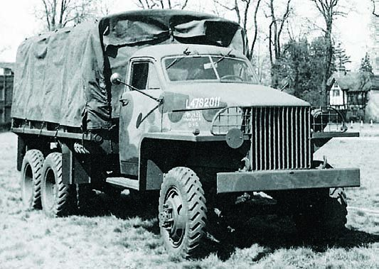 1943 REO US6.U3, 6x6