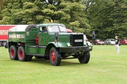 1945 Diamond T 981 ESJ 609