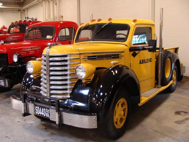 1947 Diamond T 201