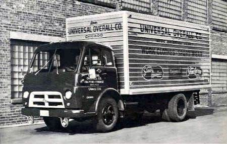 1947 Diamond T 910 (2)