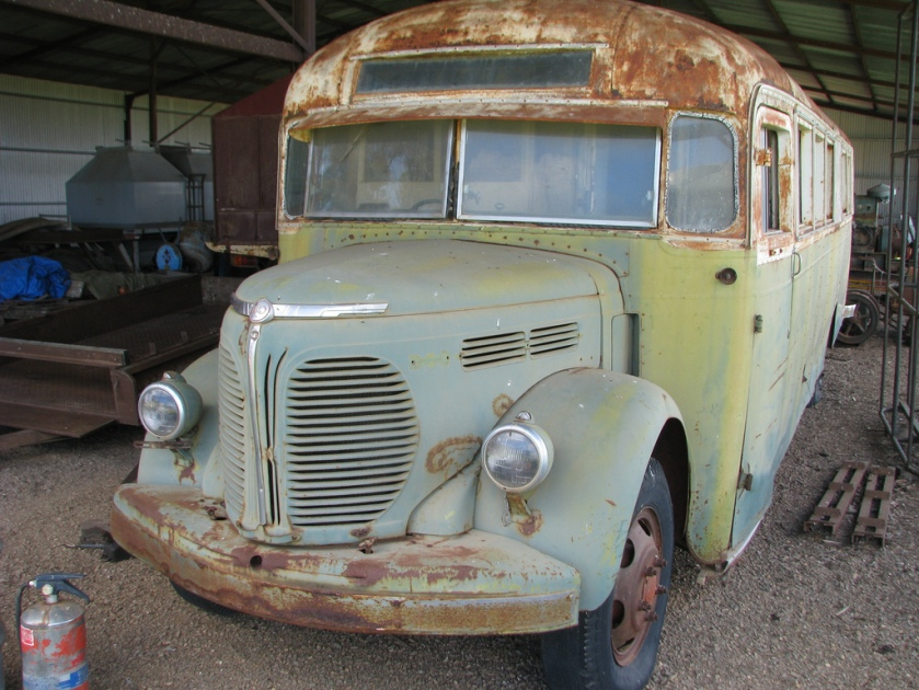 1947 REO waiting for restauration