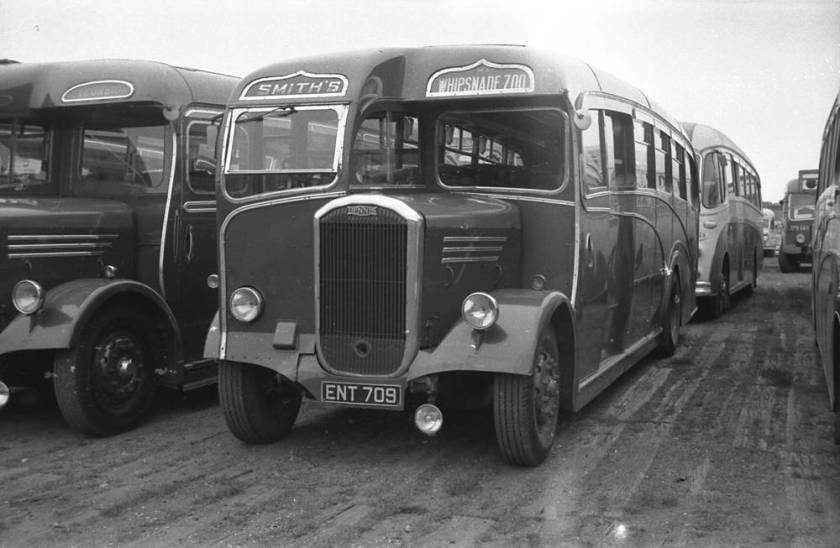 1948 Dennis J3 Lancet III with a Yeates C35F body ENT709