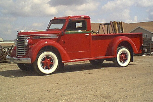1949 DIAMOND T 201 PICKUP