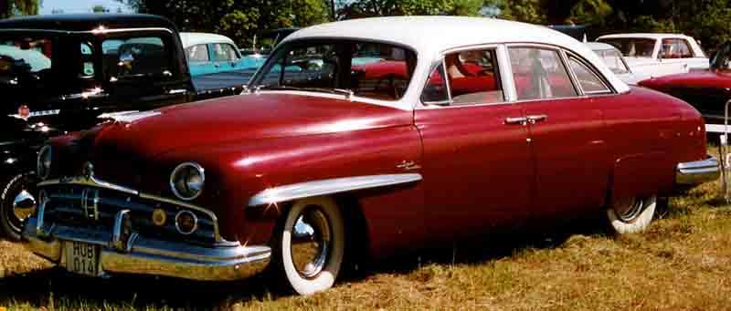 1949 Lincoln Cosmopolitan 4-Door Sedan