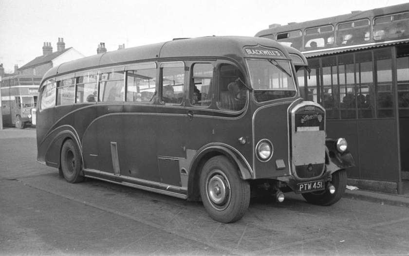 1950 PTW451 was a Dennis J3 Lancet with a Yeates C35F body
