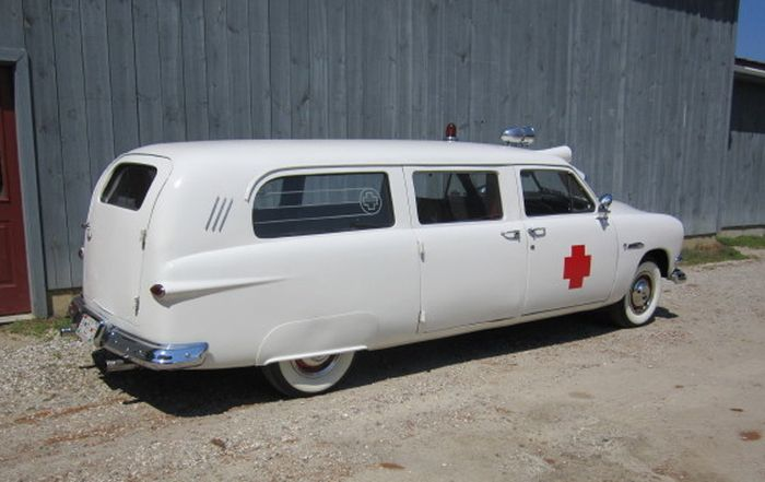 1951 Ford ambulance b