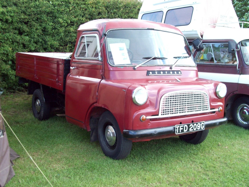 1952-69 Bedford CA Pick Up Engine 1508cc S4 Registration Number TDF 209 G