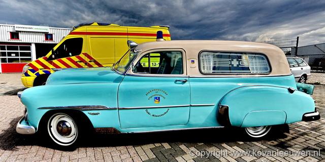 Ambulancepost, Velsen-Zuid De Chevrolet Delivery ambulance van Nico Kloosterhuis NWFoto / Ko van Leeuwen kvl_140411_1514062.jpg / 11-4 -2014 15:14:06