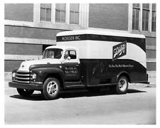 1952 Diamond T 322 420 Schlitz Beer Truck