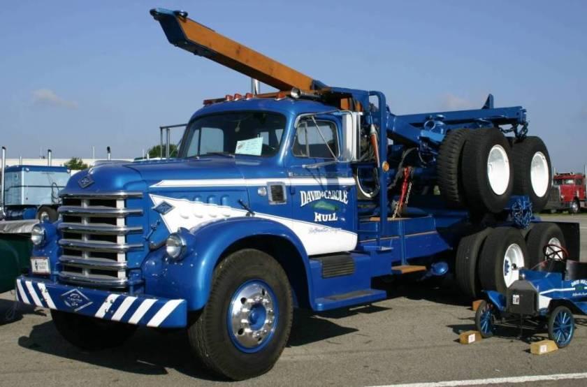 1953 Diamond-T Model 720 Truck