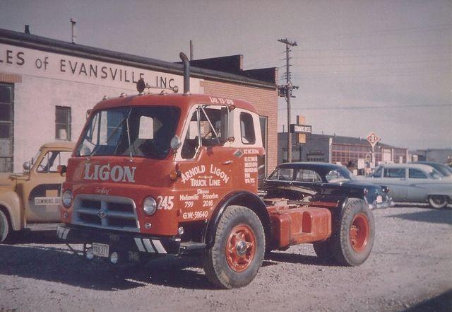 1953 Diamond T