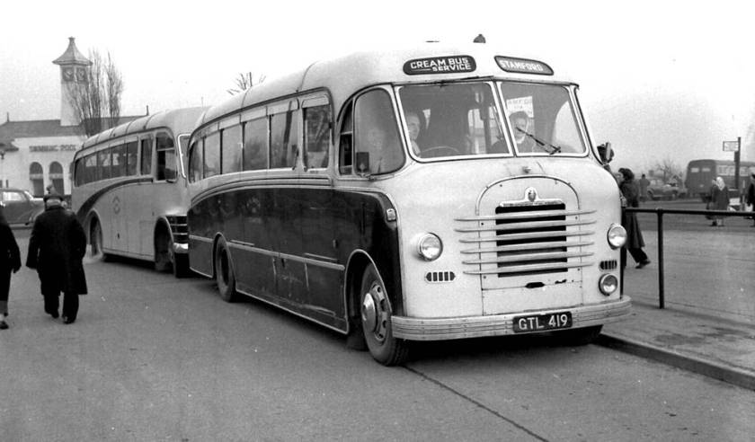 1953 GTL419, was a Bedford SB with a Yeates C35F body